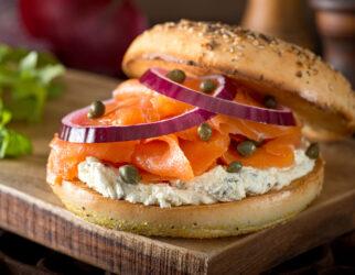 atelier-cuisine-ados-bagel-saumon-cream-cheese